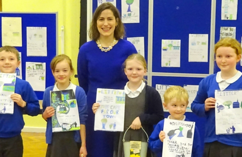 Victoria Atkins MP visits Horncastle Community Primary School
